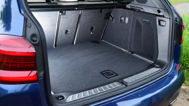 BMW X3 M40i - boot