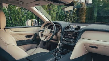 Bentley Bentayga Hybrid - dash