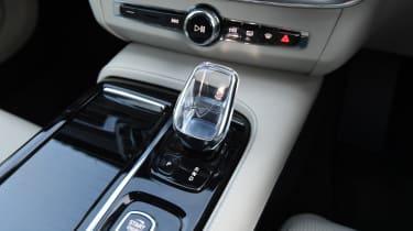 Volvo S90 - gear lever