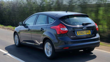 Ford Focus ECOnetic rear tracking