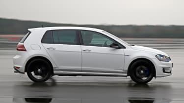Volkswagen Golf GTE Performance prototype - side