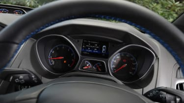 Ford Focus RS group - dials