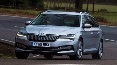 Skoda Superb iV Estate - front action