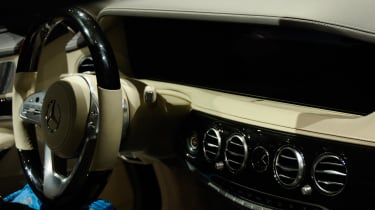 New Mercedes S-Class - dash