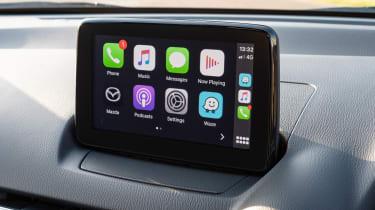 Mazda 2 - Apple CarPlay