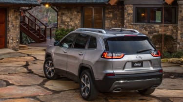 2018 Jeep Cherokee rear quarter static