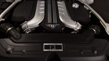 Bentley Continental GTC - studio engine