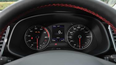 SEAT Leon - dials