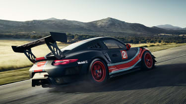 Porsche 911 GT2 RS Clubsport - rear tracking