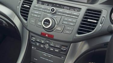 Honda Accord 2.2 i-DTEC ES GT centre console