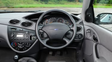 Ford Focus Mk1 - interior
