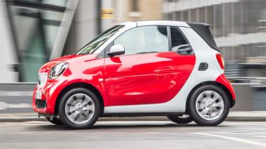 Smart ForTwo Cabrio - side