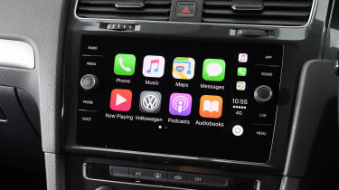 Volkswagen Golf 1.0 petrol - Apple CarPlay