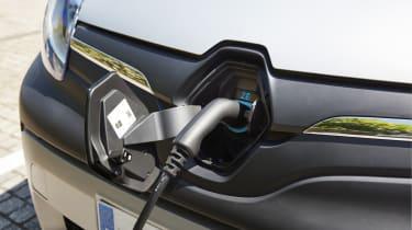 Renault Kangoo Z.E. - charging