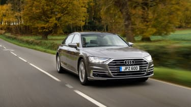Audi A8 - front tracking