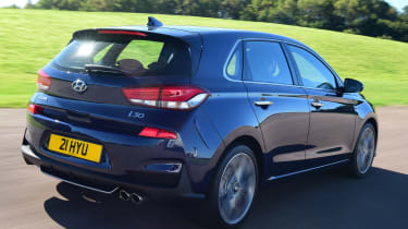 hyundai i30 tracking rear
