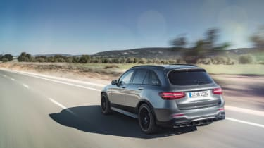 Mercedes-AMG GLC 63  rear tracking