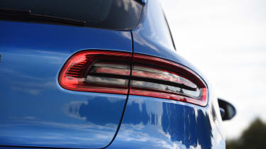 Porsche Macan - rear light