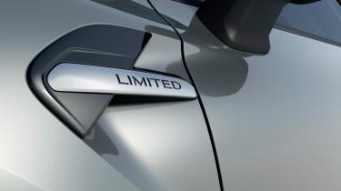 Renault Captur SE Limited - side detail