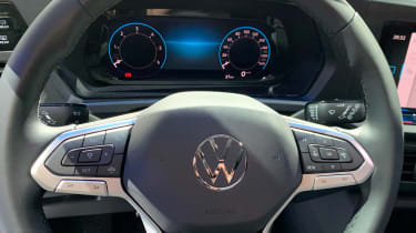 VW Caddy - dials reveal