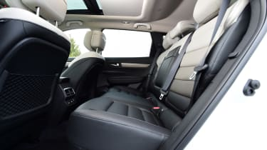 Renault Koleos - rear seats
