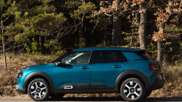 Citroen C4 Cactus - side