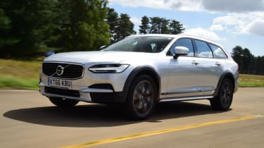 Volvo V90 Cross Country - front left