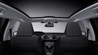 Peugeot 308 SW panoramic sunroof
