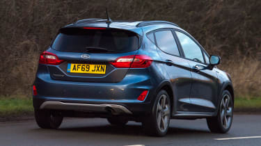 Ford Fiesta Active - rear action