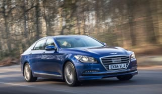 Hyundai Genesis UK 2015 front