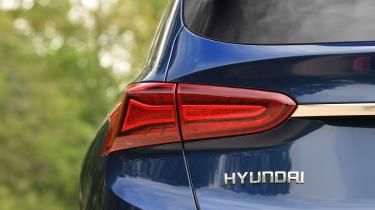Hyundai Santa Fe - long-term first report rear light