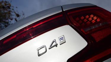 Volvo S90 - D4 badge