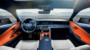 Lexus LC500h - interior
