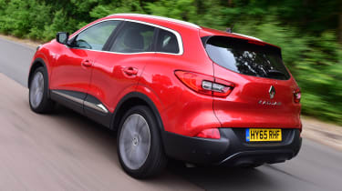 Renault Kadjar 2016 - rear tracking
