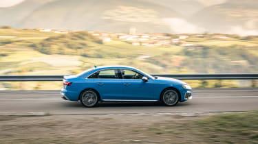 2019 Audi S4 saloon panning