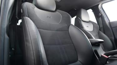 Hyundai i30 N Performance DCT - front seats
