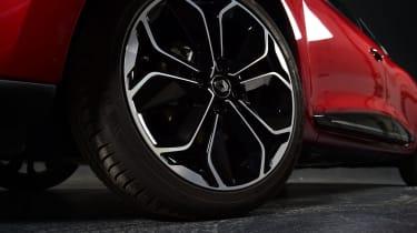 Mk4 Renault Clio studio wheel