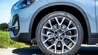 BMW X1 review - wheel