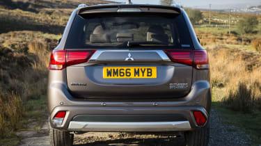 Mitsubishi Outlander PHEV 2017 - rear