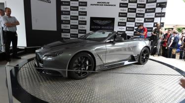 Aston Martin Vantage GT12 Roadster - FoS side profile