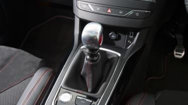 Peugeot 308 GTi gearlever