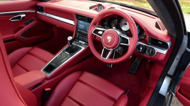 Porsche 911 Carrera S - dash