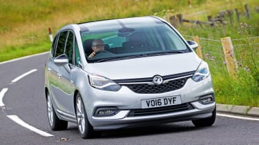 Vauxhall Zafira Tourer - front action