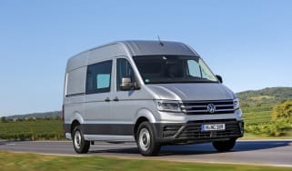 VW Crafter 4motion - front