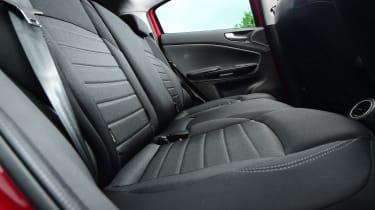 Alfa Romeo Giulietta 2016 facelifted - rear seats 2