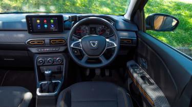 Dacia Sandero Stepway long termer - first report dash