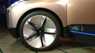 bmw vision inext wheel