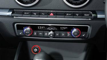 Audi A3 Cabriolet - controls