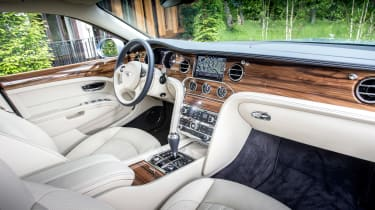 Bentley Mulsanne 2016 - interior