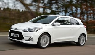 Hyundai i20 Coupe 1.0 T-GDi 2016 - front tracking